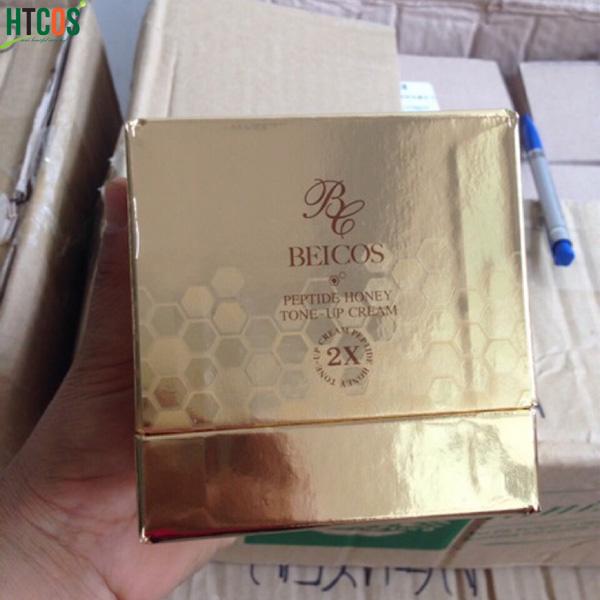 Beicos Peptide Honey Tone Up Cream giúp cung cấp dinh dưỡng cho làn da mệt mỏi vì tác động từ môi trường bên ngoài;